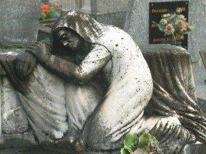 Suppliante : une gestuelle de tragédie grecque dans Interventions de l'auteur pleureuse-300x224